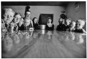 Larry Towell - The Mennonites