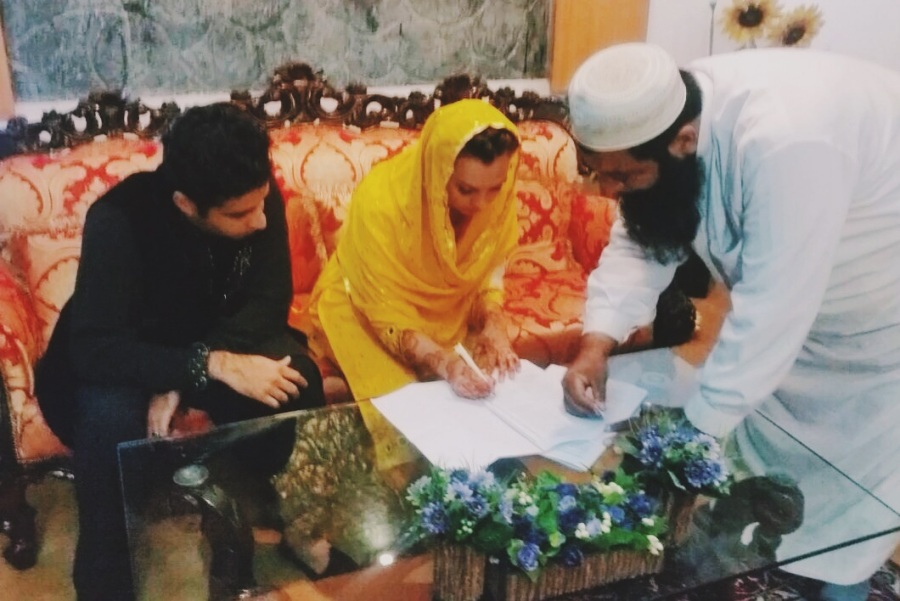 mendhi-henna-wedding-bun-diaries